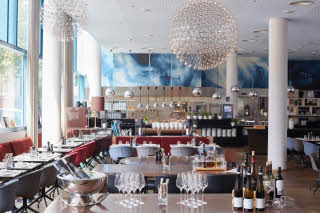 Scandic-Hamburg-Emporio-restaurant-evening-setup_-.jpg