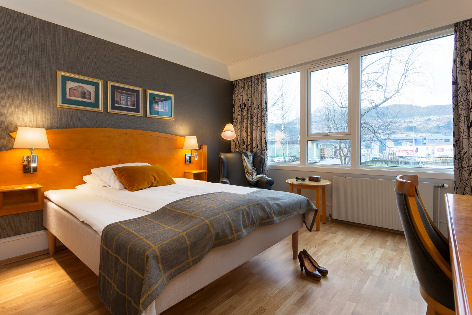 Scandic Sunnfjord Hotel & Spa, Forde, queen room