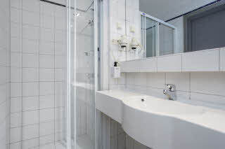 Scandic-Sarpsborg-standard-bathroom-twin.jpg